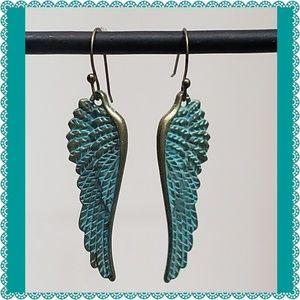 Jewelry - Beautiful Wing Dangle Earrings NWOT